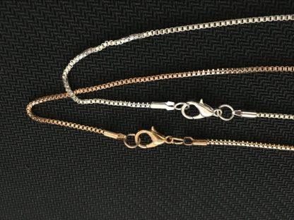 Gold-silver-1pcs-Pomeranian-Necklace-Cut-Out-Dainty-Pendant-Puppy-Dog-Lover-Memorial-Pet-Necklaces-Pendants_17